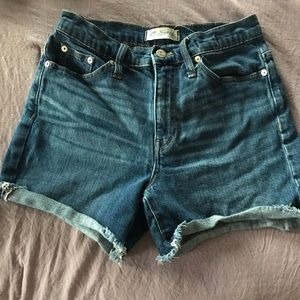 Made well Denim Shorts - Size 26